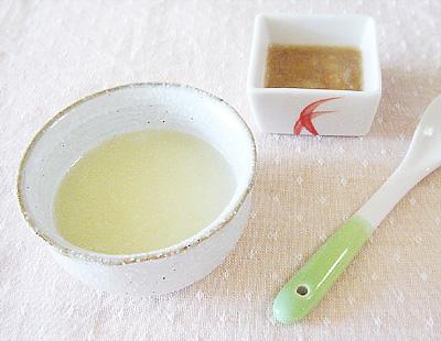 【離乳食初期】和風ポテトがゆ/玉ねぎとリンゴのピューレ