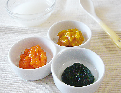 【離乳食初期】10倍がゆ/三色の野菜のペースト