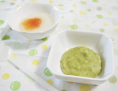 【離乳食初期】トマトのせうどん/スイートブロッコリー