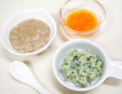 【離乳食中期】レバーがゆ/チンゲン菜とジャガイモのクリーム煮/アップルキャロット