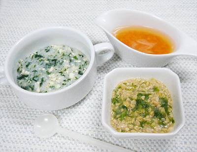 【離乳食中期】ほうれん草の豆腐がゆ/キャベツとレタスの納豆和え/サツマイモとニンジンの味噌汁