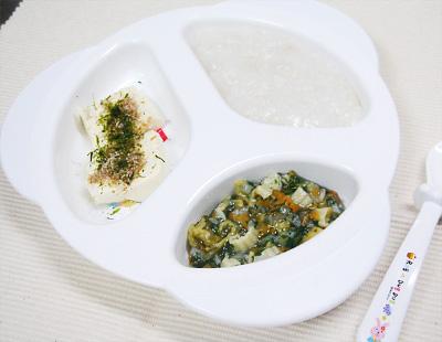 【離乳食中期】鶏ささ身と里芋のおかゆ/野菜とマカロニの和風煮/豆腐のかつお節トッピング