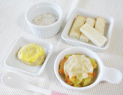 【離乳食後期】バナナヨーグルトトースト/サツマイモのグラタン/マグロのピカタ風