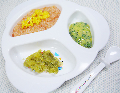 【離乳食後期】卵とトマトのリゾット/スイートキャベツ/ブロッコリーのコーンクリーム煮