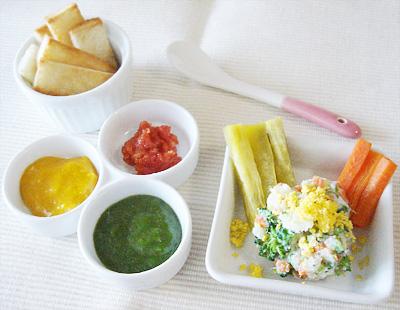 【離乳食後期】お好みトースト/ミモザサラダ/野菜スティック