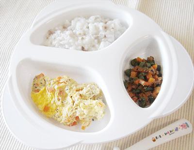 【離乳食後期】カブと牛肉のおかゆ/キノコの卵とじ/ニンジンとインゲンのゴマ和え