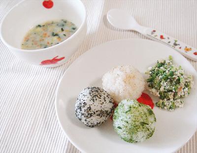 【離乳食後期】ボールおにぎり/ブロッコリーとカリフラワーのおかかチーズ/白身魚と野菜のミルク煮