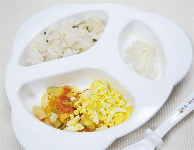 【離乳食後期】鶏ゴボウチャーハン/トマトと卵のマカロニサラダ/チーズもやし