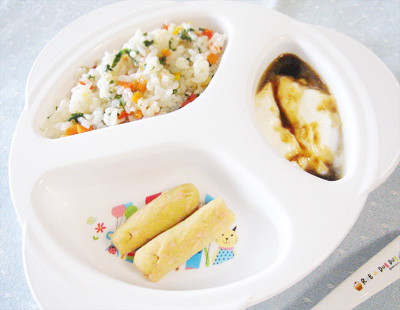 【離乳食後期】野菜たっぷり雑炊/鮭のポテトスティック/プルーンヨーグルト