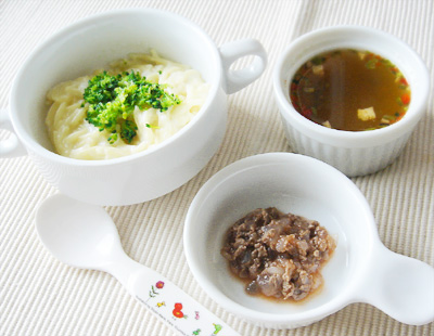 【離乳食後期】クリームスパゲッティ/牛肉と玉ねぎのケチャップ煮/五目スープ