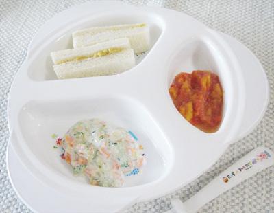 【離乳食後期】レバーサンドイッチ/パプリカのケチャップ煮/コールスローサラダ