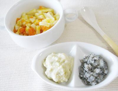 【離乳食後期】カボチャとニンジンのトロトロうどん/白身魚と野菜のヨーグルトサラダ/大根のゴマ和え