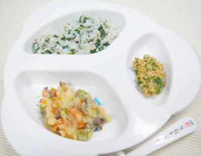 【離乳食後期】ほうれん草とシイタケの雑炊/肉ジャガ/オクラ納豆