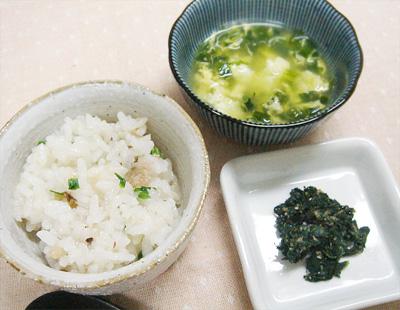 【離乳食後期】イワシのおじや/ほうれん草のゴマ和え/ニラと卵のスープ