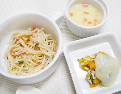 【離乳食後期】アスパラガスのトマトパスタ/パプリカとブロッコリーのチキングラタン/ニンジン入りコーンスープ