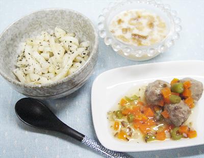 【離乳食後期】ゴマうどん/イワシのつみれの野菜あんかけ/バナナプリン