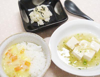【離乳食後期】野菜のコーン煮丼/山芋の煮物/豆腐の和風あんかけ