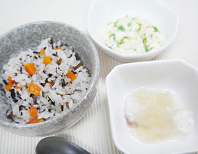 【離乳食後期】ひじきご飯/鯛と大根のおろし煮/オクラと豆腐の和え物