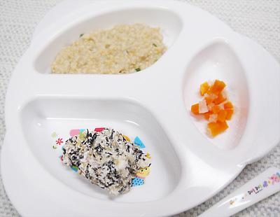 【離乳食後期】オートミールの和風がゆ/キャベツとひじきのおかかチーズ/ニンジンと大根の甘煮