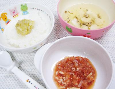 【離乳食後期】キャベツのせご飯/大根とささ身のトマト煮/ふわふわ団子スープ