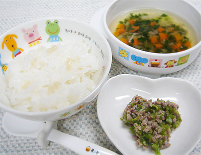 【離乳食後期】ホタテのおじや/豚挽き肉のオクラ和え/キノコと野菜の和風スープ