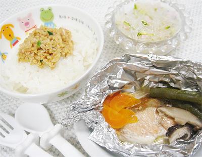 【離乳食完了期】納豆ご飯/鮭のホイル焼き/春雨サラダ