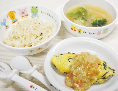 【離乳食完了期】五目混ぜご飯/ひじきオムレツのささ身と野菜あんかけ/大根とブロッコリーの味噌汁