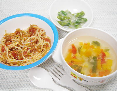 【離乳食完了期】キャベツとツナのトマトパスタ/アスパラガスのホワイトソース和え/カラフル野菜の具沢山スープ