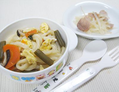 【離乳食完了期】具沢山野菜と卵の煮込みうどん/豚肉のモヤシ炒め