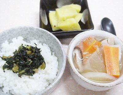【離乳食完了期】大根の葉ご飯/ふかし芋/豚肉と根菜の味噌汁