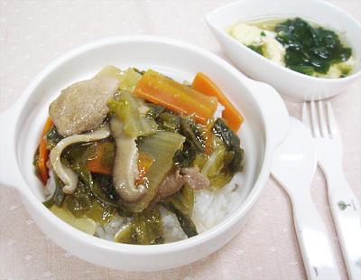 【離乳食完了期】豚肉と野菜のあんかけ丼/卵とほうれん草のスープ