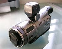 HDR-HC1ビデオライト取り付け